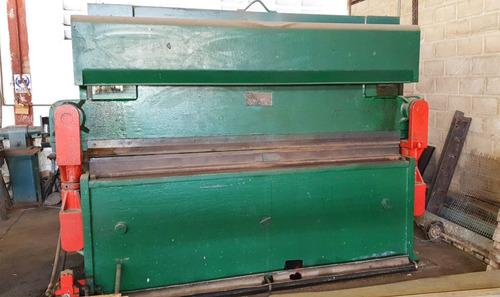 corte, doble y cilindrado de láminas en hierro y acero inox.