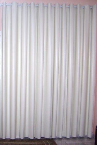 .cortina blackout 5,50larg x 2,20alt para. varão