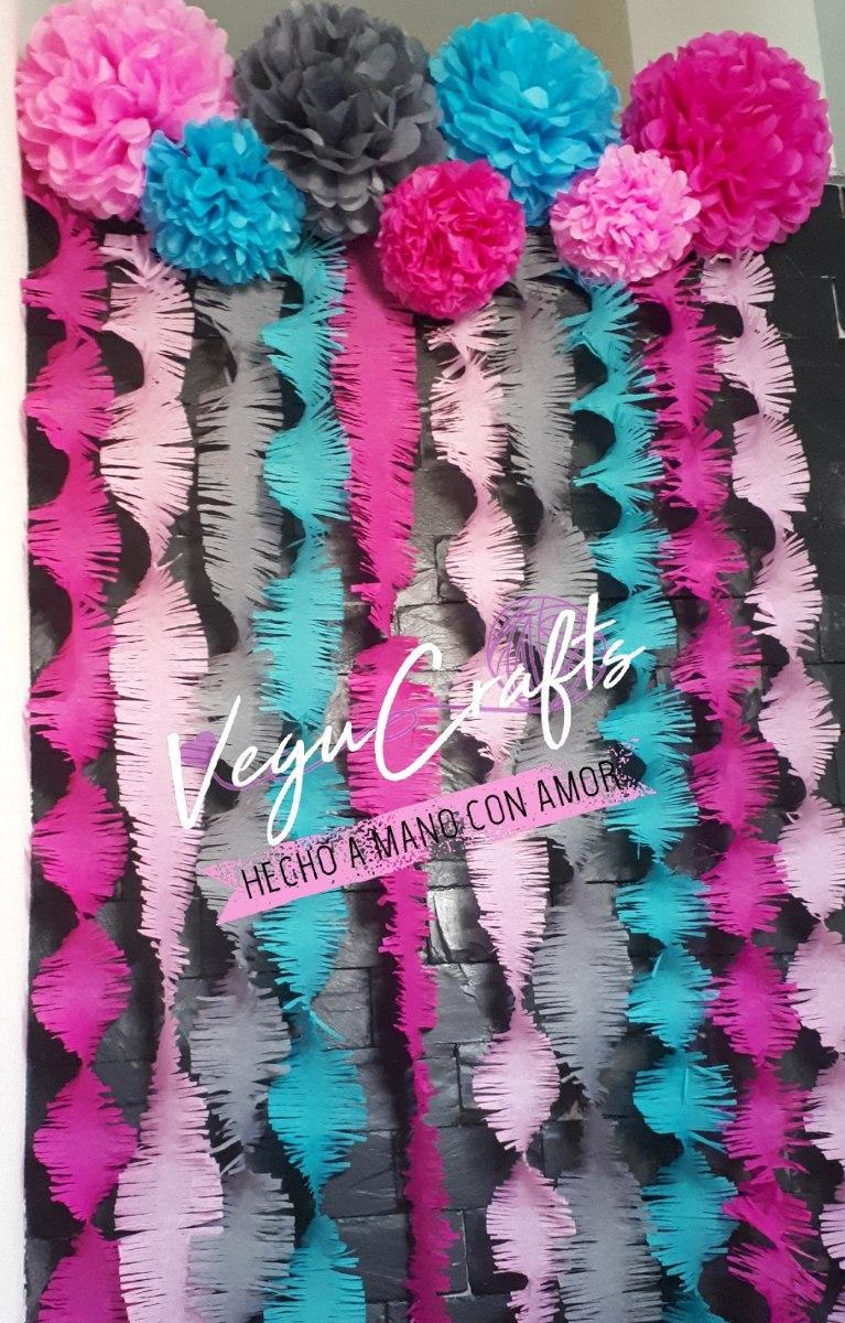 Cortina de papel crepe y 7 pompones de papel china 350 - Como hacer pompones para decorar fiestas ...
