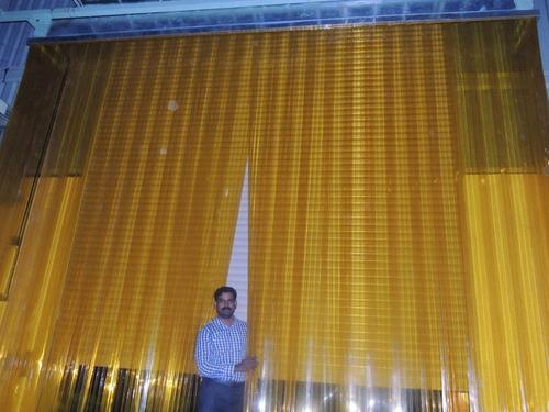 cortina pvc flexível anti inseto 2x200mm l 1,20 x a 2,20 mt