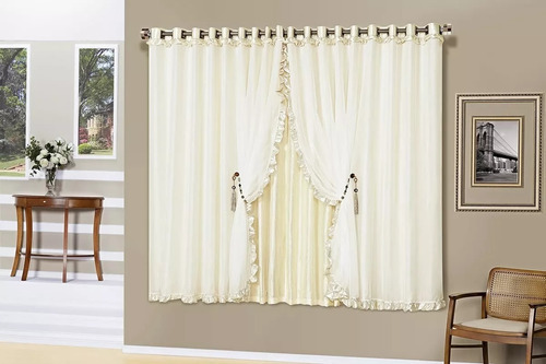 cortina  romântica c/ pedraria  2,00x1,70 voil