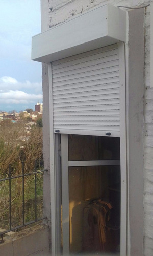 cortinas de enrollar precio por metro cuadrad