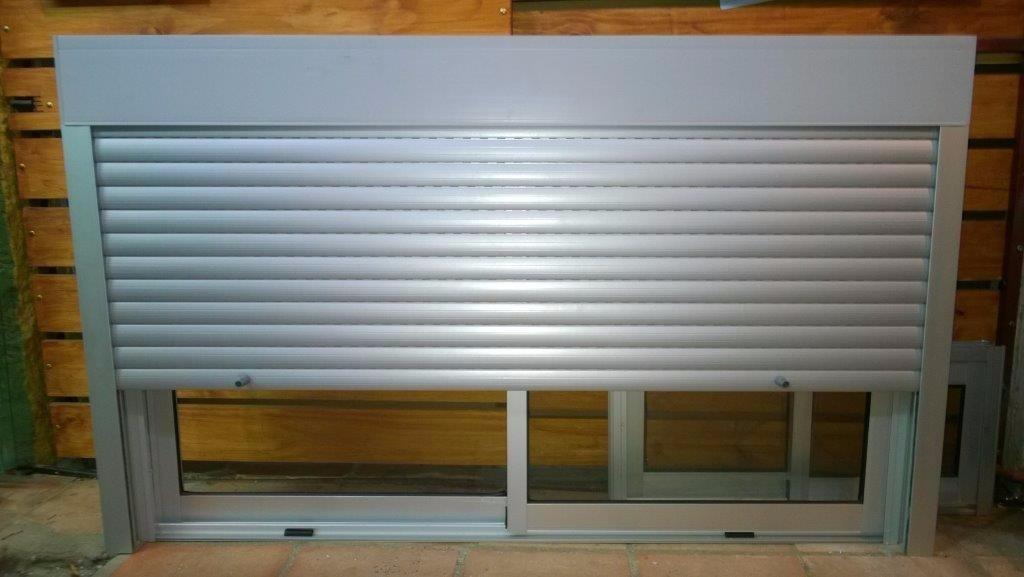 Cortinas en pvc o aluminio 500 00 en mercado libre for Pvc o aluminio precios