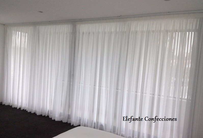 Cortinas en tela voile frances para rieles barrotes for Ganchos para cortinas de riel