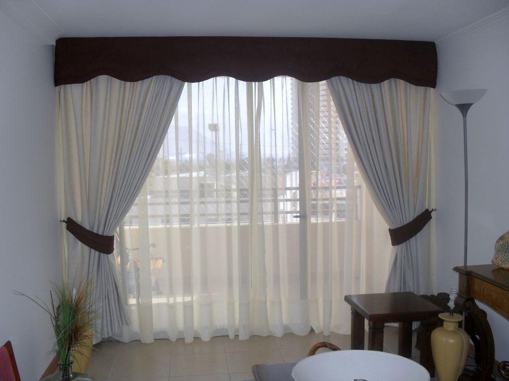 Cortinas modernas para sala con tubo de madera a buen precio s 99 00 en mercado libre for Donde venden cortinas