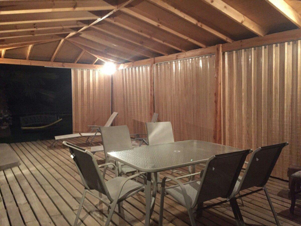 Cortinas panor micas cierres terrazas en madera plegable for Terrazas madera