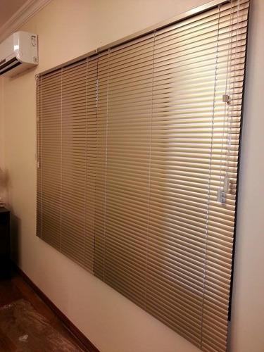cortinas venecianas, americana