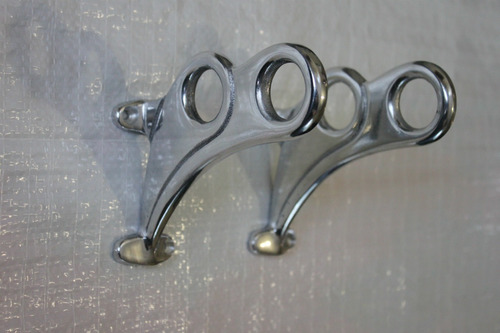 cortinero de aluminio en acabado tipo pewter  m