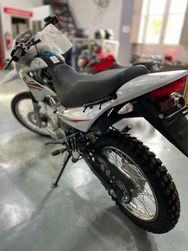 corven triax 150 moto mercedes