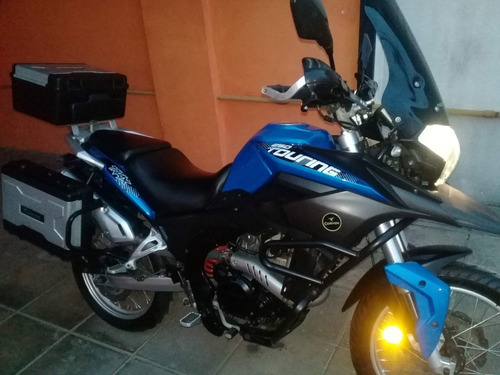 corven triax 250 touring (2017)  exclusive ,  impecable