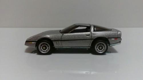 corvette 007  1:64 hot wheels