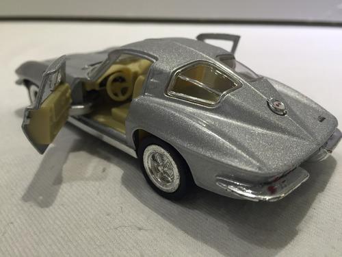 corvette sting ray 1963 escala 1/36