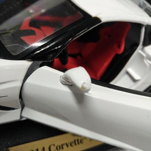 corvette stingray 2014 z51 2014 escala 1/18 maisto