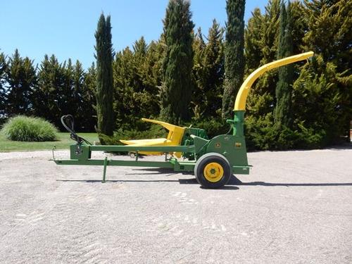 cosechadora ensiladora marca john deere modelo 3940 2 surcos