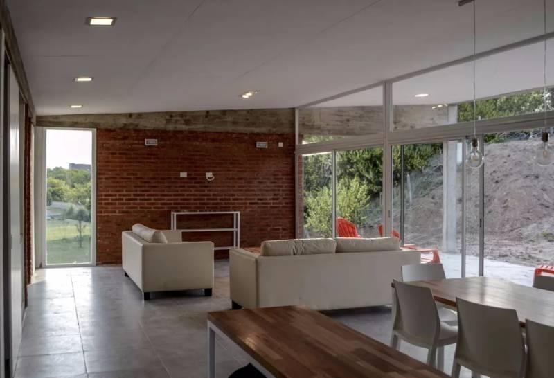 costa esmeralda - casa en venta en barrio senderos 2