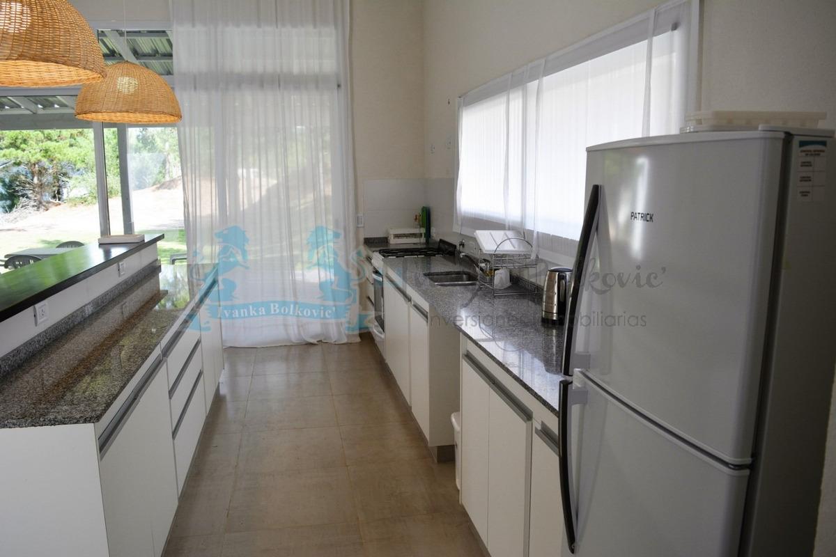 costa esmeralda casa  venta barrio cerrado 0052