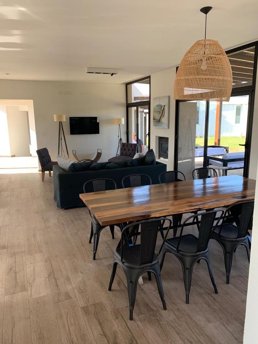 costa esmeralda residencial 1 513