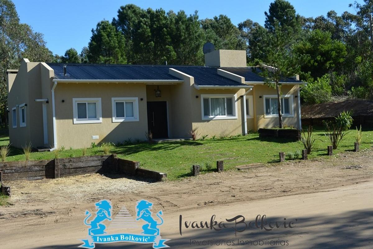 costa esmeralda venta casa barrio cerrado 0067