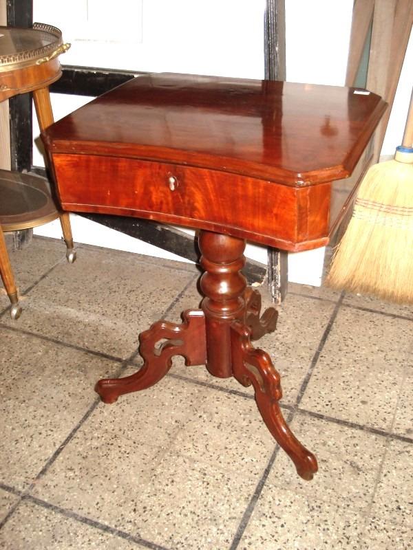 Costurero estilo colonial ingles antiguo mueble petit    4.200,00 ...