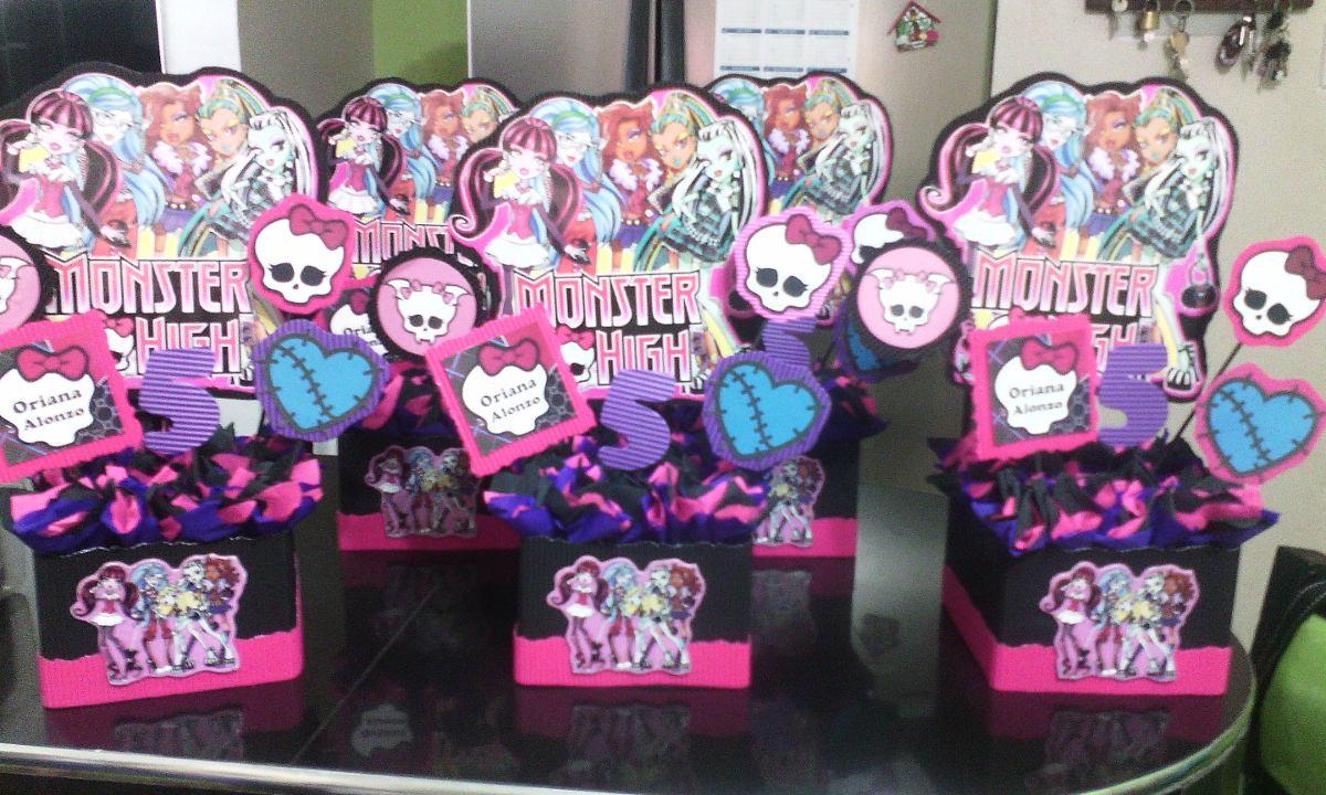 Cotillones De Monster High Cajita Con Forma De Ataud - Bs. 0,01 en Mercado  Libre