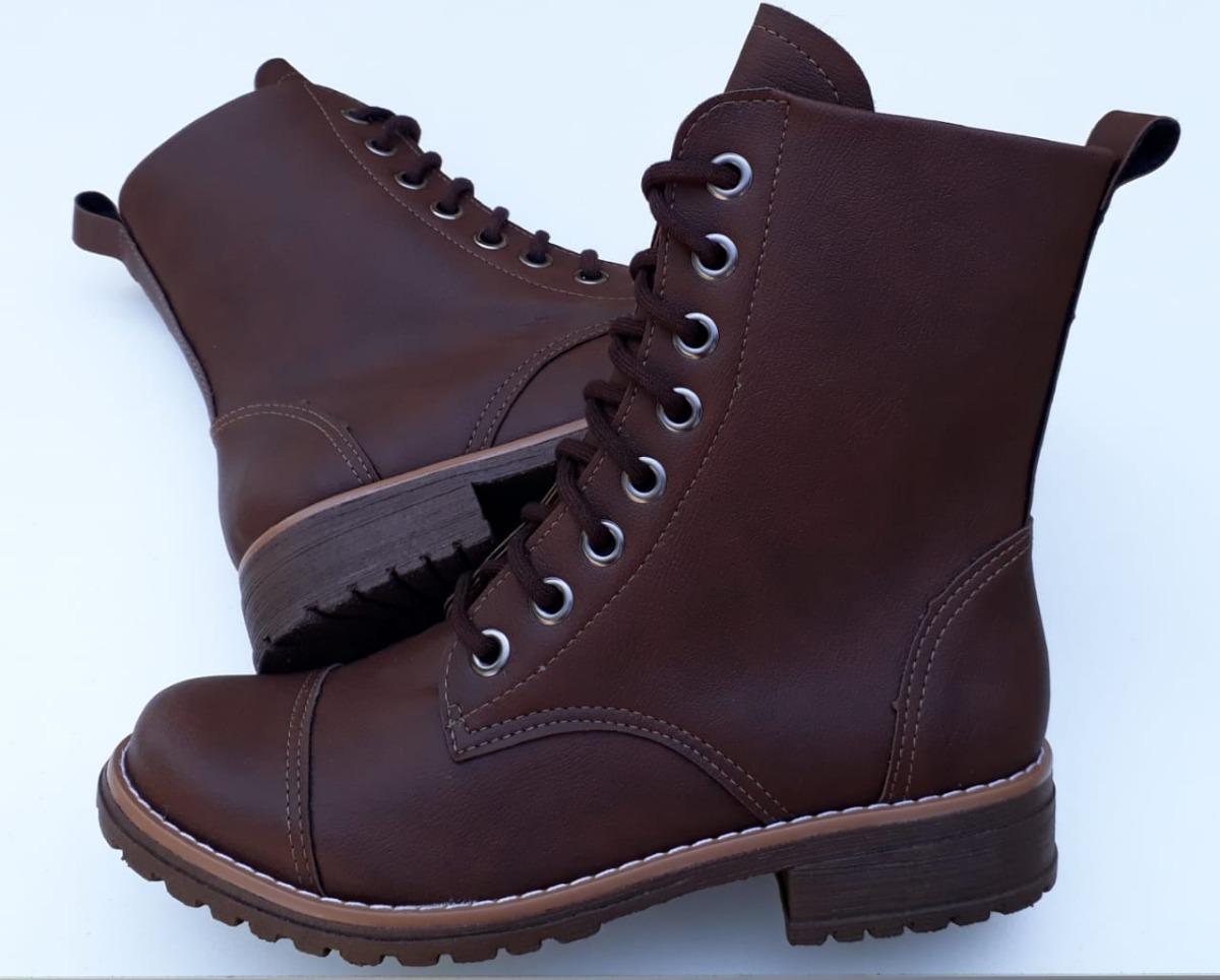 018b5a83fd coturno feminino bota botinha cano médio salto baixo marrom. Carregando zoom .
