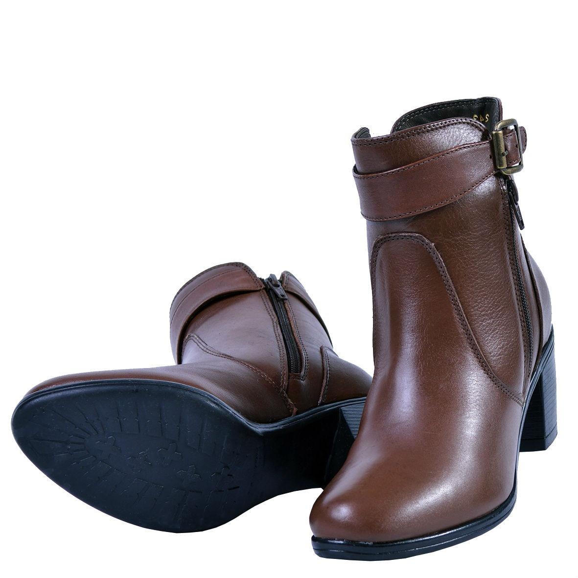 3ca00c9d56 coturno feminino bota cano curto couro marrom 243. Carregando zoom.