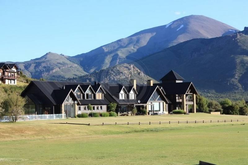 countries y barrios cerrados venta arelauquen golf & country club