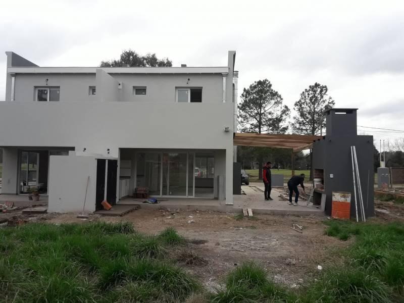countries y barrios cerrados venta el moro