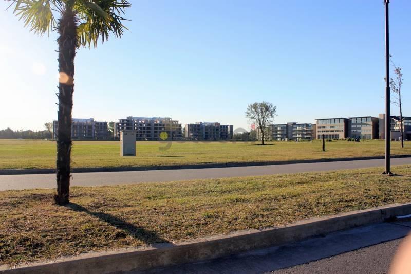 countries y barrios cerrados venta greenville polo resort