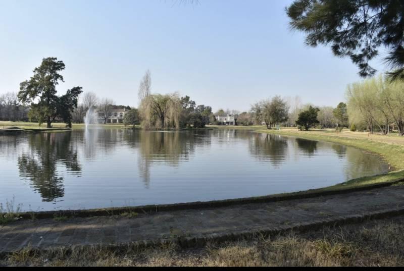 countries y barrios cerrados venta pilar del lago