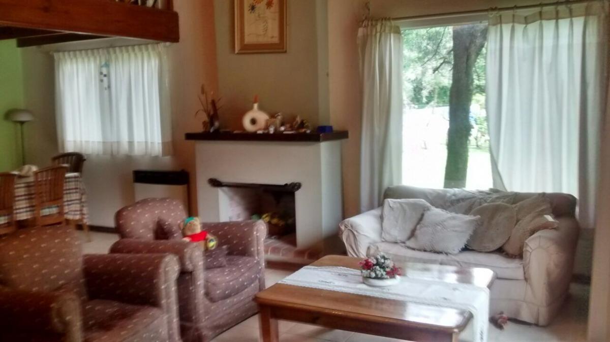 country el pato, chalet de tres dormitorios y playroom