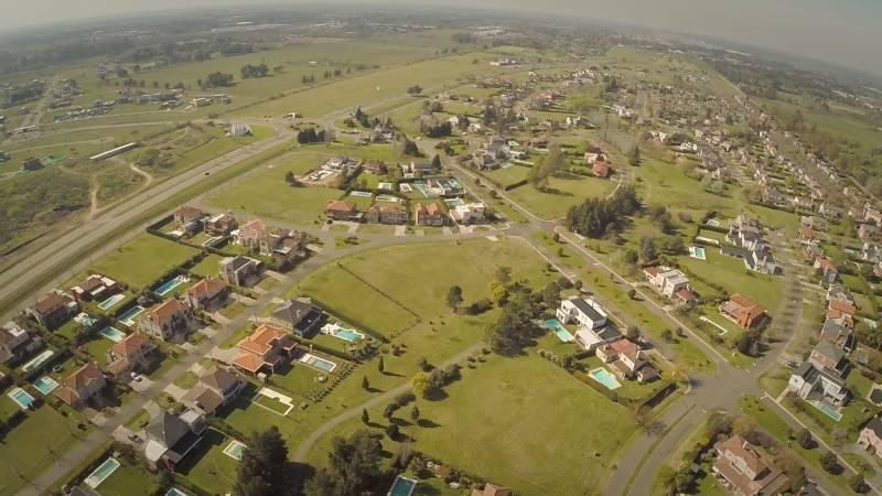 country pilar del este | barrio san alfonso