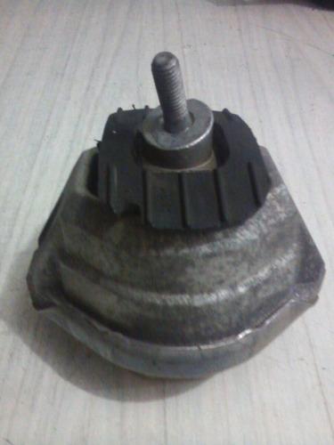 coxim motor esquerdo bmw serie 5 e60 e61 e63 e64 lm676108904
