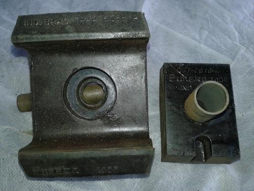coxim traseiro motor gasolina ford f100 /f350/600  ano 57/74