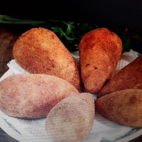 coxinhas artesanais com massa de batata padrão gourmet