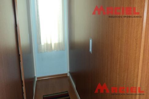 cozinha planejada - escada em granito - escritorio