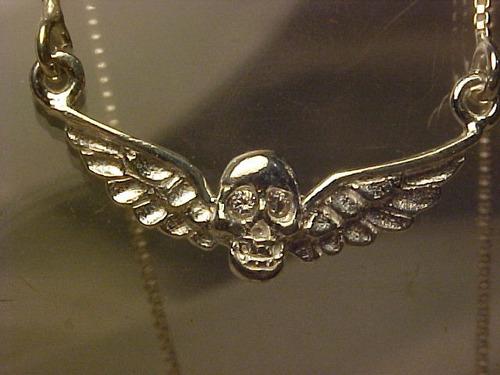 @@cp211003d-corrente em prata com caveira voadora com crista