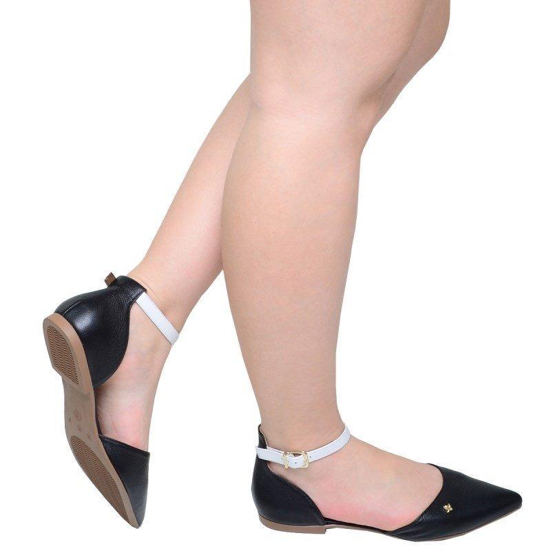 4669723fbc Carregando zoom... sandália feminina rasteira de bico fino cravo e canela  preta