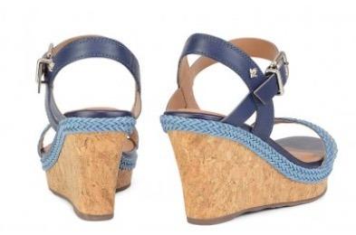 cravo canela sandália anabela