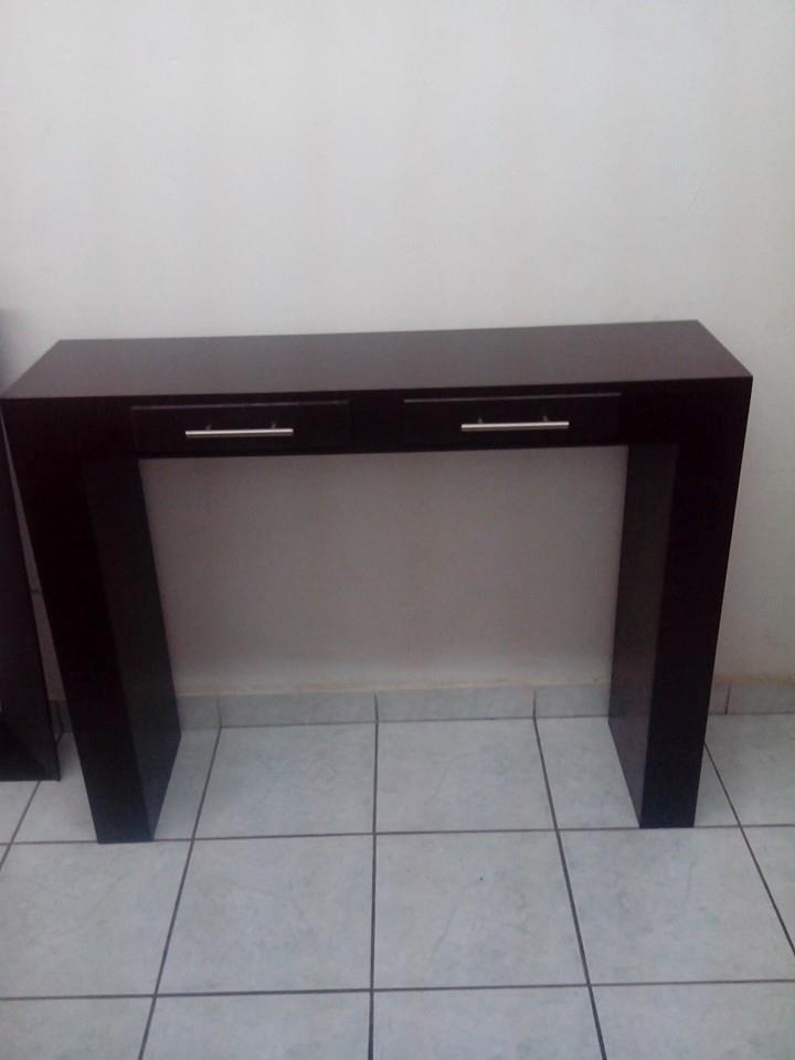 Mueble rojo recibidor 20170831230420 - Muebles para pasillo ...