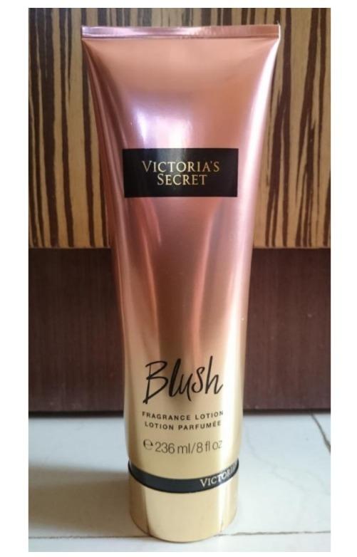 af2f7b2ec5 Crema Loción Hidratante Victoria Secret Blush Maquillaje -   290.00 ...