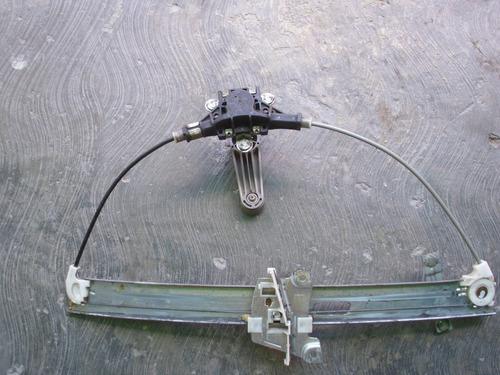 cremallera derecha usada de ford laser 2000 2003
