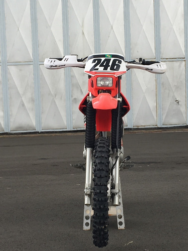 crf 230 moto
