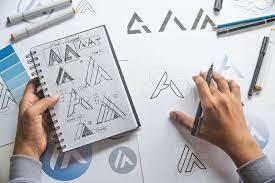 criação de logo, arte para impressão ou redes sociais
