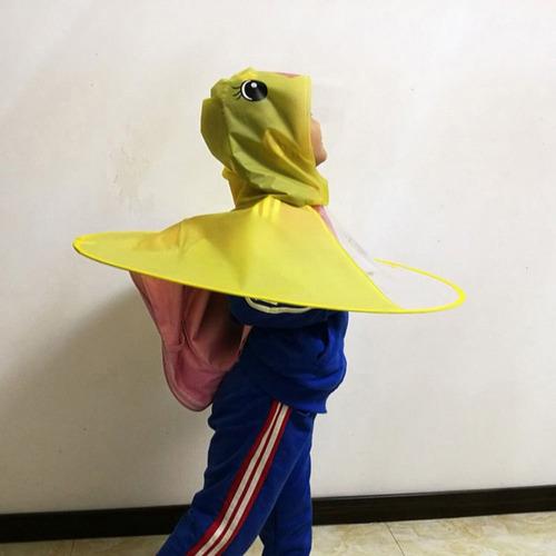 criador bonitinho desenho animado pato chapéu chuva dobráv