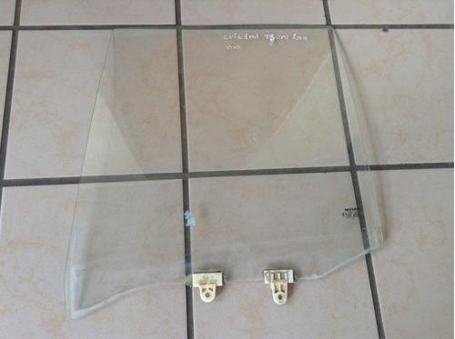 cristal de puerta trasera izquierda de nissan tsuru 3