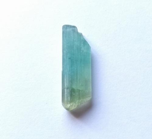 cristal de turmalina elbaíta paraiba natural bicolor 2cm