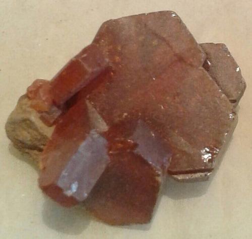 cristales de vanadinita mineral vanadato de plomo