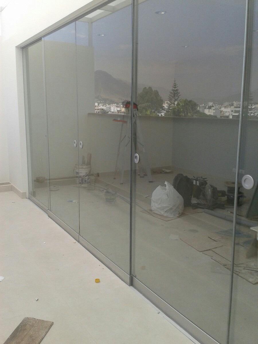 Cristales ventanas mamparas aluminio techos de for Ventanas para techo