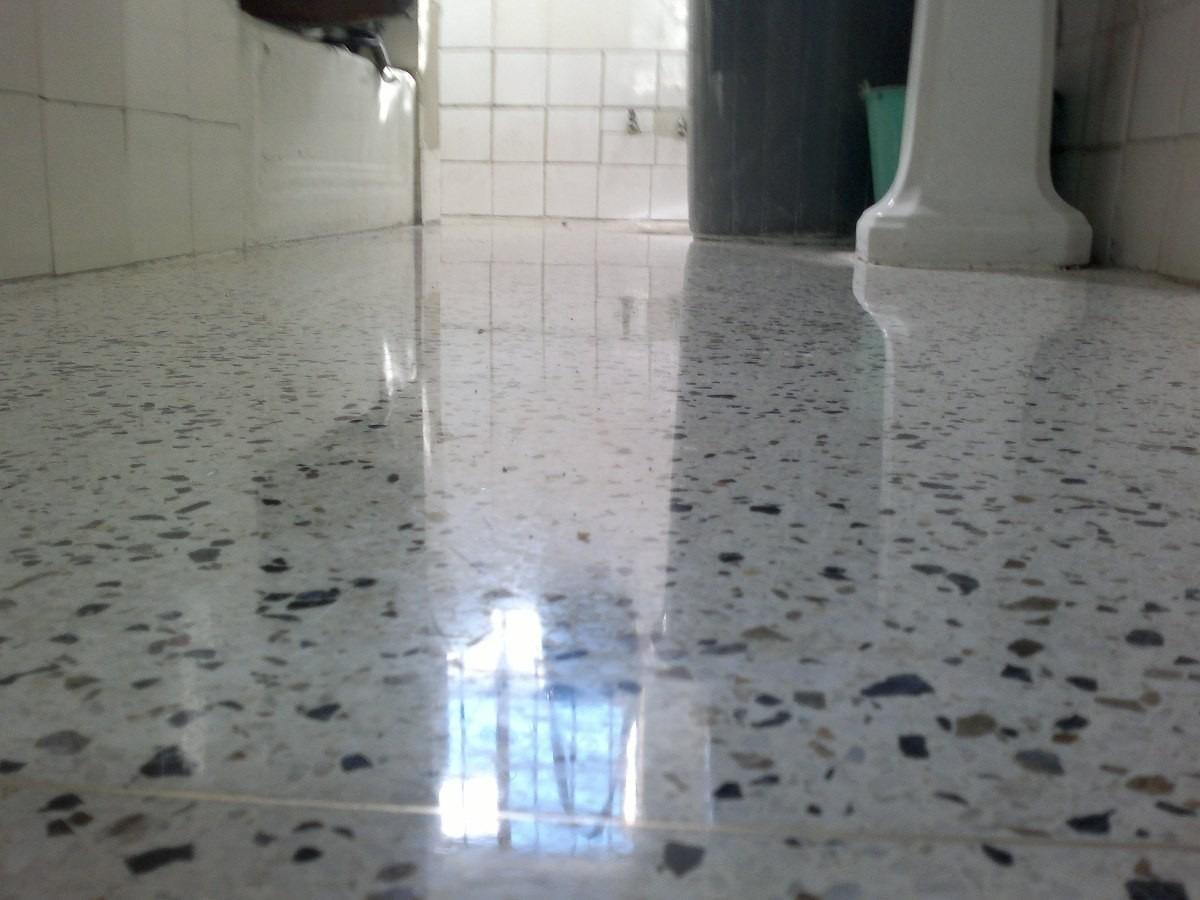 En pisos granito y marmol for Pisos en marmol y granito